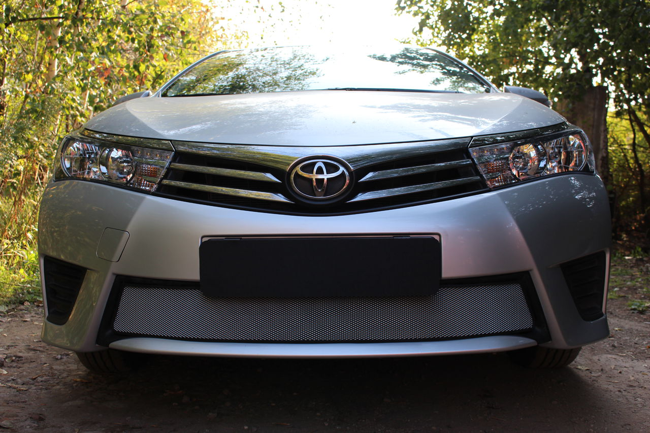 Защита радиатора Toyota Corolla 2014- chrome