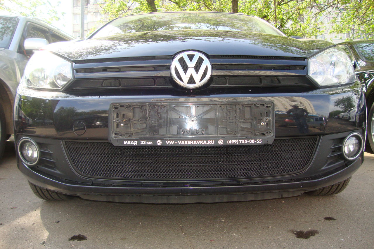 Защита радиатора Volkswagen Golf VI black